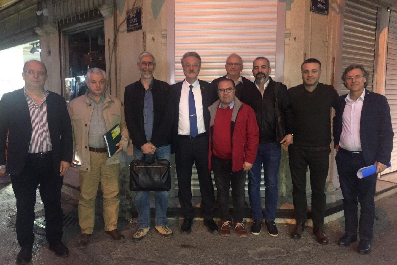 3 Grup Olarak Seçim Hakkında Toplantı Yaptık