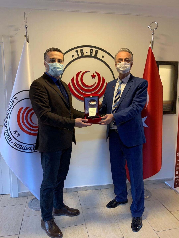 Kurucu Başkan Sayın Ersin Akbaylar'a Teşekkür Plaketi Verilmesi Hakkında