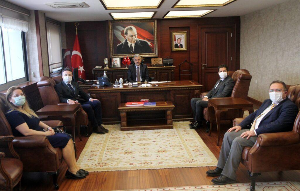 İzmir Valiliği Çalışanlarına Odamız Tarafından Koruyucu Gözlük Bağışı